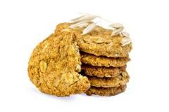 Pila de la harina de avena de las galletas con la espiguilla Imagen de archivo libre de regalías