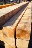 Pila de la madera de construcción Foto de archivo libre de regalías