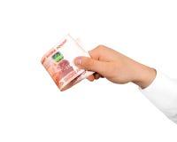 Pila de la tenencia de la mano de rublos rusas aisladas Fiv del dinero de Rusia foto de archivo