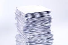 Pila de letras de los posts Foto de archivo