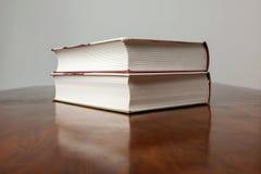 Pila de libros de historia Foto de archivo