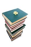 Pila de libros en el embalaje del regalo aislado Imagen de archivo