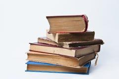 Pila de libros viejos Imagen de archivo libre de regalías