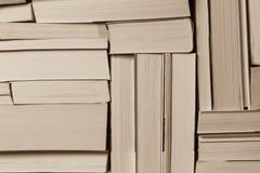 Pila de libros viejos usados Foto de archivo