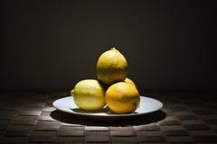 Pila de limones Fotos de archivo libres de regalías