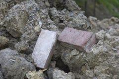 Pila de los escombros de la piedra y del ladrillo Foto de archivo libre de regalías