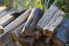 Pila de madera para el fuego Foto de archivo libre de regalías