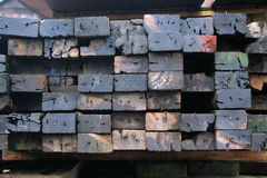 Pila de madera usada imagenes de archivo