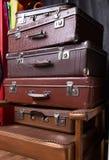 Pila de maletas Imagen de archivo libre de regalías