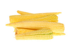 Pila de mini maíz dulce aislada fotos de archivo