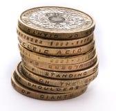 Pila de monedas británicas Imagen de archivo