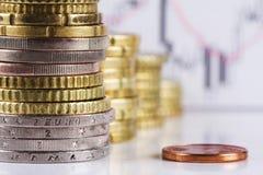 Pila de monedas euro. Fotografía de archivo libre de regalías