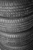 Pila de neumáticos Fotos de archivo
