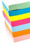 Pila de notas pegajosas Imágenes de archivo libres de regalías