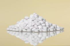 Pila de píldoras Imagen de archivo libre de regalías