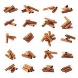 Pila de palillos de canela aislados Imagenes de archivo