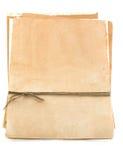Pila de papel envejecido vendado con la cuerda de rosca Imagen de archivo