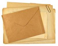 Pila de papeles retros Fotos de archivo libres de regalías