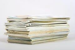 Pila de periódicos Imágenes de archivo libres de regalías