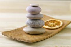 Pila de piedra equilibrada Imagen de archivo