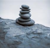 Pila de piedras del zen Foto de archivo libre de regalías