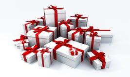 Pila de presentes blancos