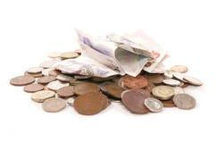 Pila de recorte británico del dinero del dinero en circulación Imagen de archivo libre de regalías