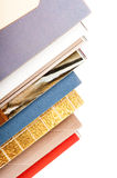 Pila de revistas abiertas Foto de archivo
