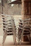 Pila de sillas Imagen de archivo libre de regalías