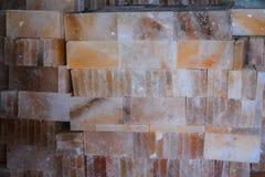 Pila de tejas de la sal de roca Imagen de archivo