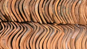 Pila de tejas de piedra rojas Foto de archivo