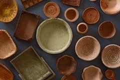 Pila de utensilios de madera de la cocina Fotografía de archivo libre de regalías