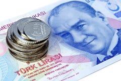 Pila dei soldi con Ataturk Fotografia Stock