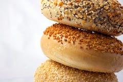 Pila del bagel immagini stock