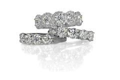 Pila del racimo de anillos del engagment de la boda de diamante Fotografía de archivo