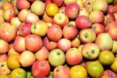 Pila deliciosa de manzanas Fotografía de archivo