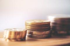Pila delle monete di oro Fotografia Stock