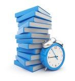 Pila derecha de la bruja del reloj de alarma de libros. 3D Imágenes de archivo libres de regalías