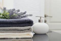 Pila di asciugamani Immagini Stock
