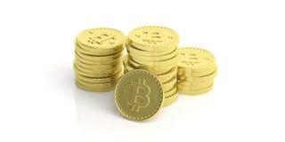 Pila di Bitcoins su fondo bianco illustrazione 3D Immagine Stock