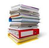 Pila di carte isolate su fondo Immagine Stock Libera da Diritti
