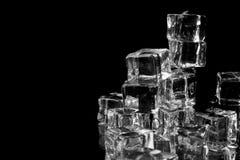 Pila di cubi di ghiaccio Fotografia Stock