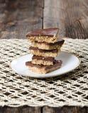 Pila di dessert del cioccolato del burro di arachidi Fotografia Stock Libera da Diritti