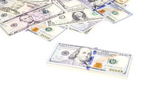 Pila di fatture del dollaro americano con 100 dollari sul principale 2 Fotografia Stock