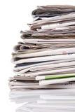 Pila di giornali Immagini Stock Libere da Diritti