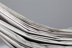 Pila di giornali Immagine Stock