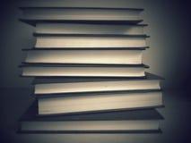 Pila di libri B&W fotografia stock libera da diritti