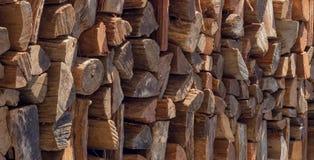 pila di libri macchina di legno tagliati Fotografie Stock