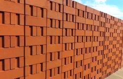 Pila di mattoni dell'argilla rossa Fotografie Stock Libere da Diritti