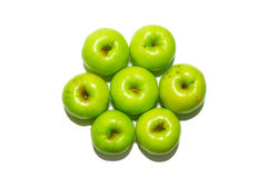 Pila di mele verdi. fotografia stock libera da diritti